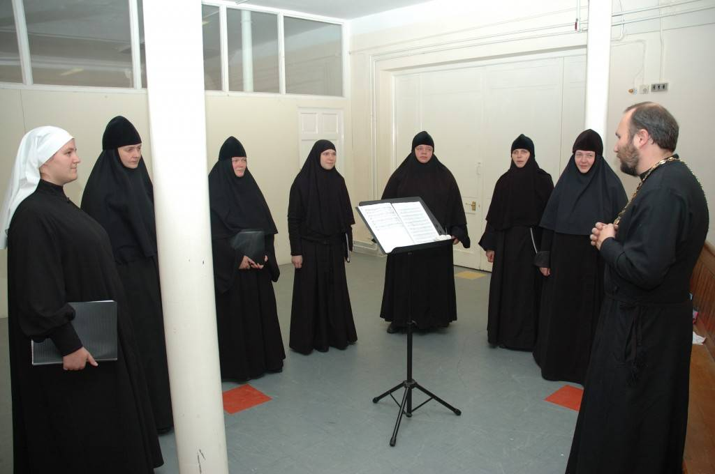 Sisters Choir from the Convent of St Elisabeth of Minsk, Belarus